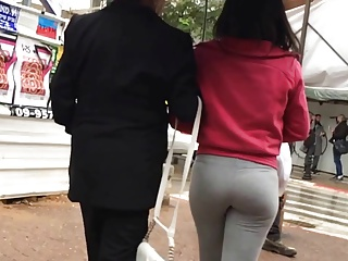 bubble depths in grey yoga pants walking the spur