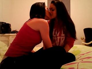 Amateur of a female lesbian girls play kiss