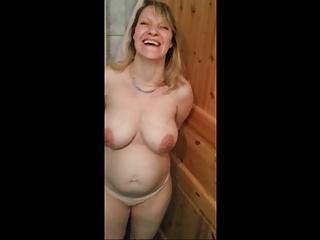 Jeannette - German Glib MILF