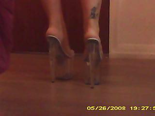 hidden toes cam upon hooker robin