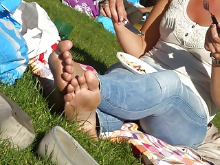 Undeceitful Feet & Dirty Soles at the Park