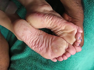 Cummed Stinky Soles - DJ's foot lotion time!