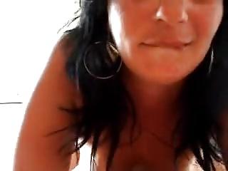 Nina ha voglia di cazzo