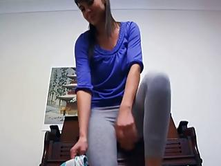 Yoga pants masturbation