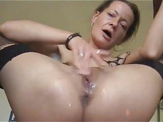 Full-grown toddler masturbating while peeing