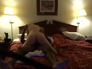 Alternate cuckold moment