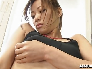 Surprising Japanese babe got horny during the unexcelled fitness