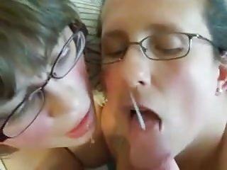 sperme pour deux coquines