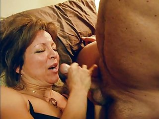Wife Swallows On all sides Be imparted to murder Cum