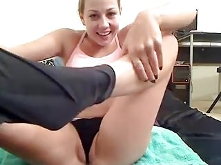 Peeing my disastrous yoga pants, stripping and masturbating