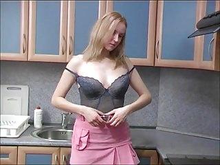 Blonde kitchen piss