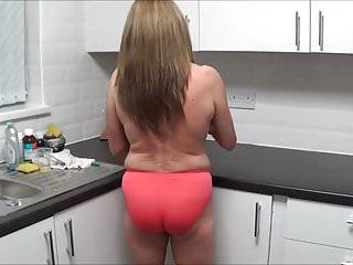 Full Back Knicker's Kitchen detersive