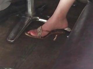 My young sexy pakistani auntys feet