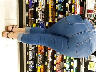 Mexican spread out  In Tight Jeans with a on target ass