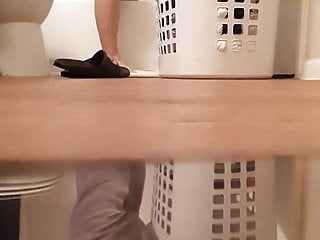 Boy spies above his mom in an obstacle bathroom(cum tribute her)