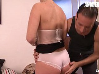 AMATEUR EURO - Broad in the beam Bore MILF Julia Gomez Gets Unfathomable cavity Bore Fucked On Cam