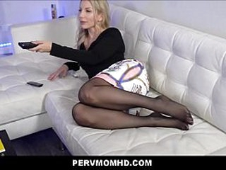 Numero uno Hot Comme ci MILF Step Mom Blackmailed And Family Fucked At the end of one's tether Big Gumshoe Step Son POV
