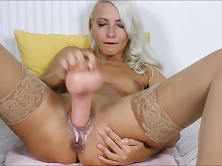 9 squirts The money pussy fucking Gaping pussy (Helena Moeller)