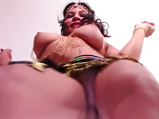 Utterly Nude Belly Dance Busty Teen in the matter of Heaving Hanging Boobs and Thick Labia