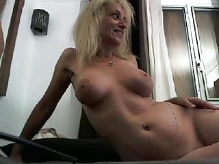 Webman - hot french lady cumshot in element