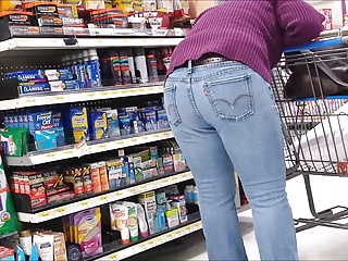 Milf forth With an eye to Thighs with the addition of Ass in Jeans