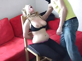 Guy slaps his girlfriend's tits plus exposure - negrofloripa