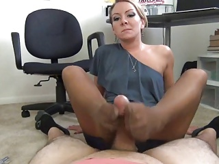 your a footfetish sexi milf footjob test
