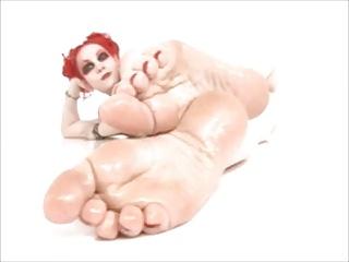 XXX gothic feet.